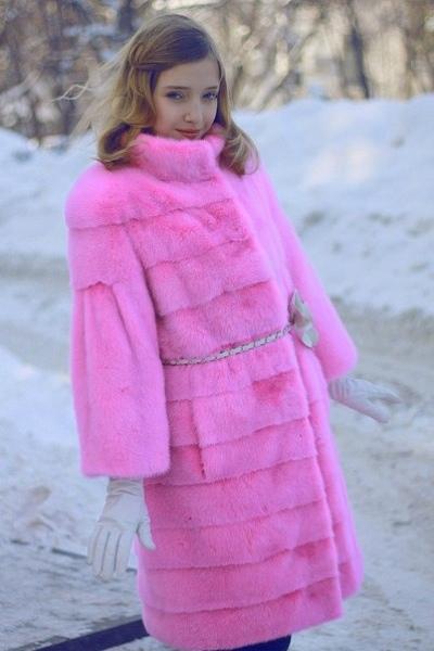 Компания Imperia Furs & Leather  выпустила новую коллекцию зимней детской одежды